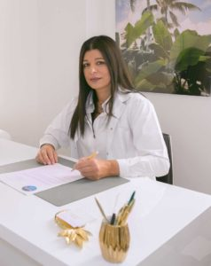 Dr Fatya Assadi, experte de la médecine esthétique sur Paris