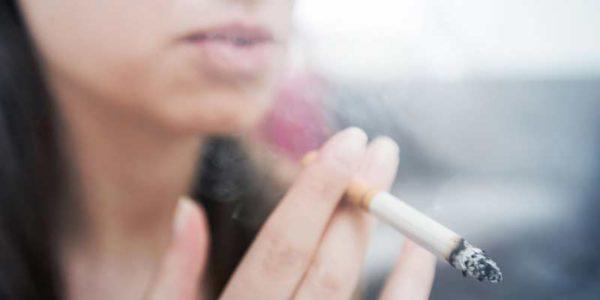 Des solutions pour le teint terne des fumeurs Paris 01